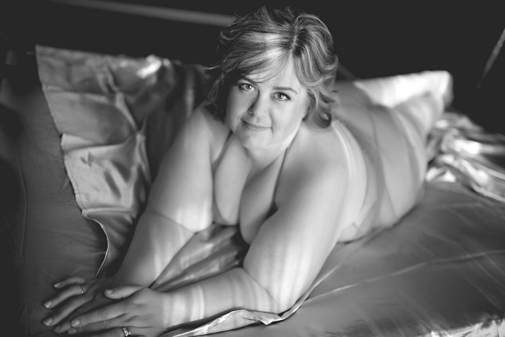 ft wayne boudoir photographer, fort wayne boudoir, sexy pictures fort wayne, sexy  pictures, couples boudoir, boudoir photos, boudoir shots, boudoir images