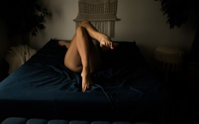 10 Ways to make sure you get the BEST boudoir photos